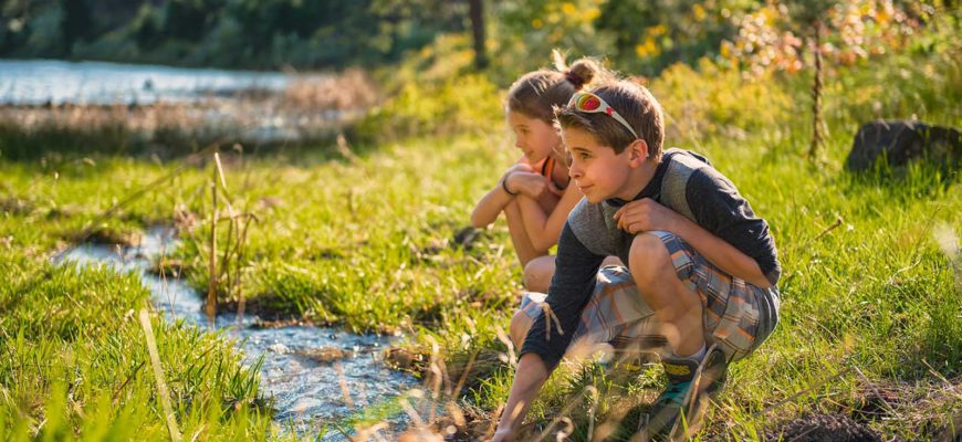 Parent's Guide: Keeping Your Kids Connected to Nature